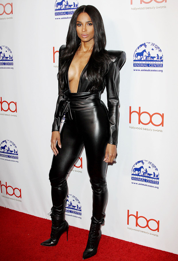 Ciara5th Annual Hollywood Beauty Awards, Los Angeles, USA - 17 février 2019 portant Michael Costello