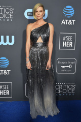 Charlize Theron 24th Annual Critics' Choice Awards, Arrivées, Barker Hanger, Los Angeles, USA - 13 Jan 2019 Wearing Givenchy